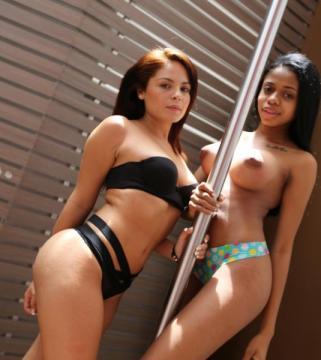 Melanie, Daniela - Awesome blowjob from 2 Colombian hotties ! (2016) FullHD 1080p